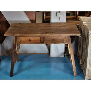 Schreibtische Im Industriedesign Aus Metall Oder Holz Bei